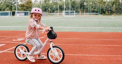 Lionelo ARIE pink balans bicikl za decu